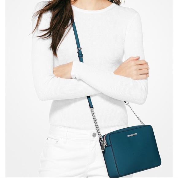 Michael Kors Handbags - 🍂🍂Michael Kors New Purse
